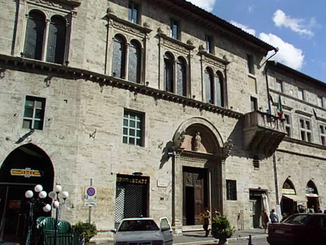 ۩•♥[.*ღزيوريخ--من اجمل مدن العالمღ *.]♥•۩ ع.ت.م امريكا Perugia_Palazzo_del_Capitano_del_Popolo