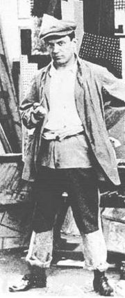 PabloPicasso1916 (photo).jpg