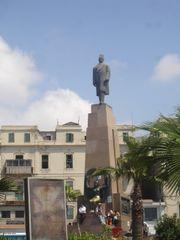 ������ ��� �� ������� 180px-Saad_Zaghloul_statue.JPG