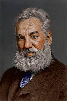 ألكسندر جراهام بيل .... مخترع التليفون 225px-Alexander_Graham_Bell_in_colors.jpg