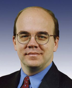 Jim McGovern, official 109th Congress photo.jpg