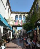 Santa Barbara Downtown (may 2012) (2) (cropped).jpg