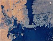 http://www.marefa.org/images/thumb/e/e6/Aswan_Dam_STS102-303-017.jpg/180px-Aswan_Dam_STS102-303-017.jpg