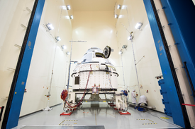 CST-100 Starliner at Boeing's spacecraft test facilities in El Segundo, California.png