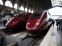 يسار: قطارات ثاليس التي تصل ببلجيكا وهولندا وألمانيا؛ يمين: محطة سكة حديد گار دو نورد هي الأكثر ازدحاماً في اوروبا