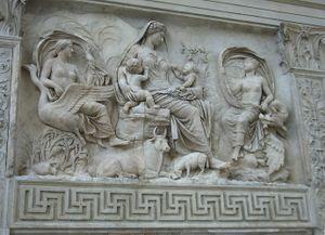 ماذا تعرف عن المدرج الروماني في نابلس .